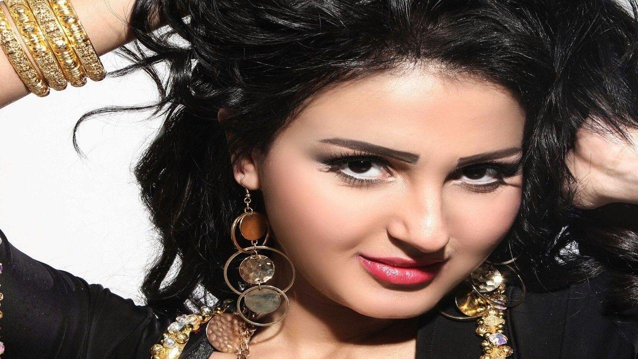 """""""شيما الحاج"""" تغير إسمها بعد عودتها للتمثيل"""