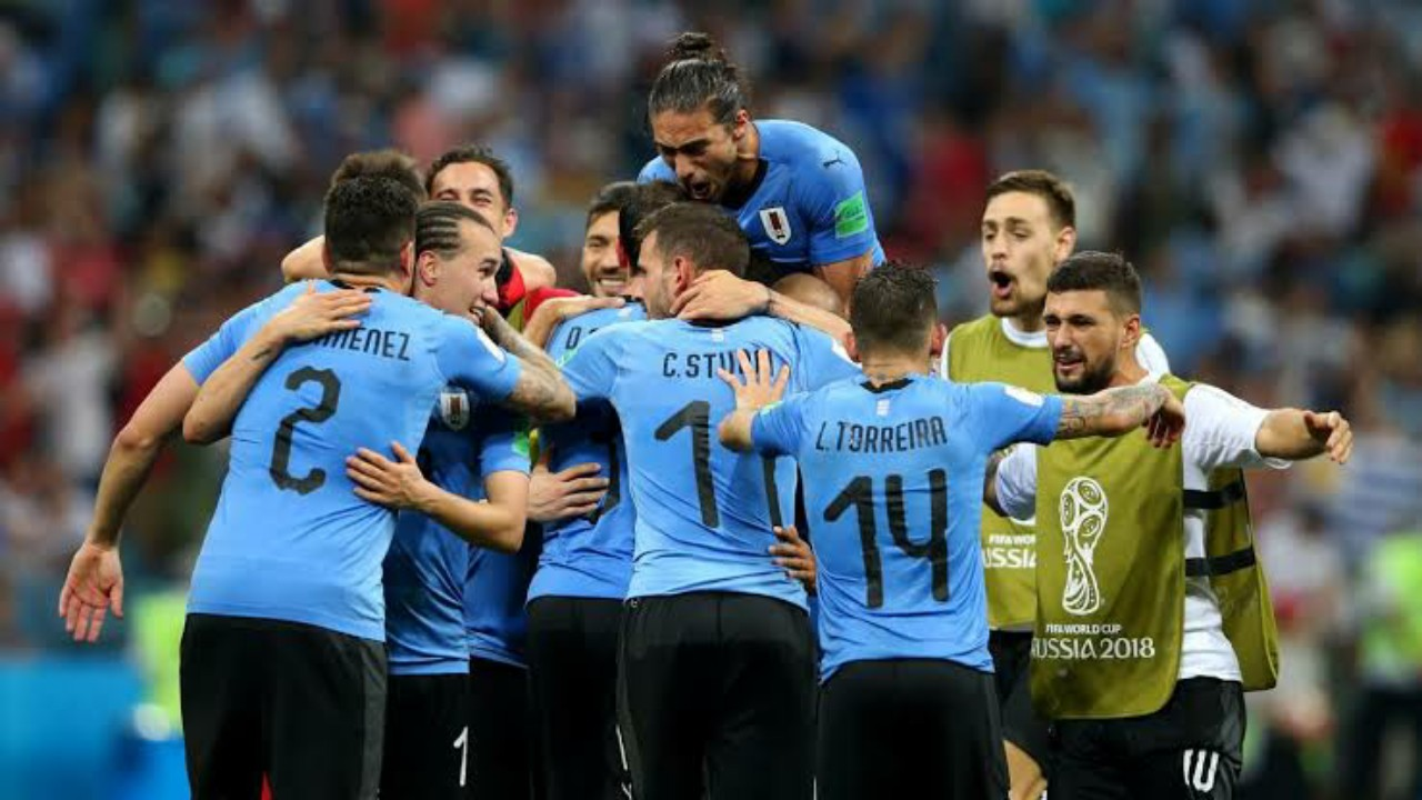 كورونا يضرب صفوفمنتخب أوروجواي بعد إصابة سواريز
