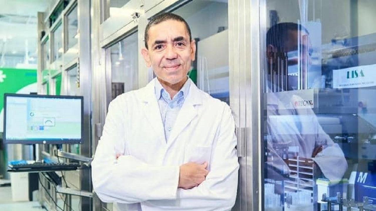 """رئيس شركة """"بيونتك"""" المطورة للقاح """"كورونا"""" يحدد موعد وشروط عودة الحياة لطبيعتها"""