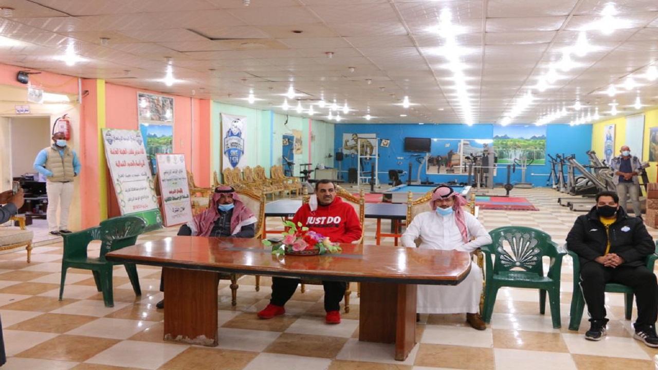 الصقر يلتقي بلاعبي نادي الوعد الرياضي بطريف