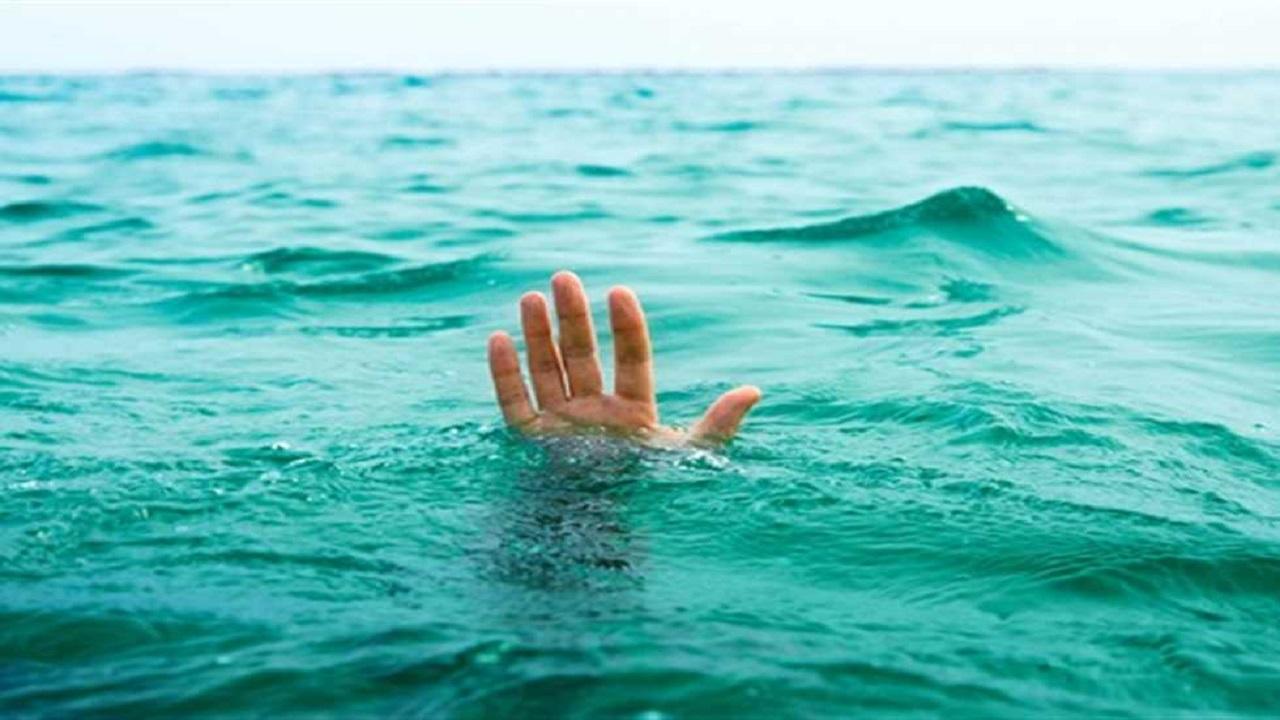 """"""" صورة سيلفي """" تنتهي بغرق طفلين"""
