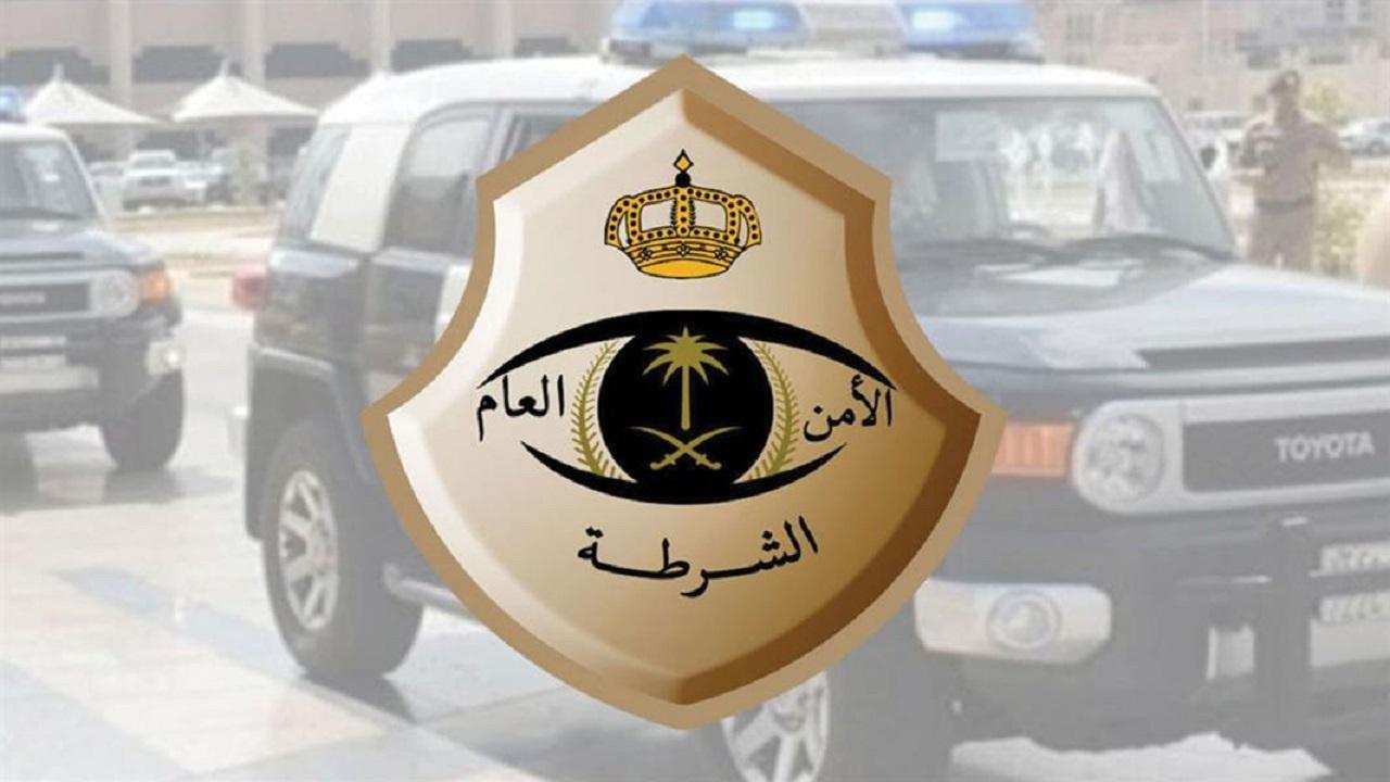 القبض على مقيم امتهن تزوير المستندات والوثائق وبيعها بالرياض