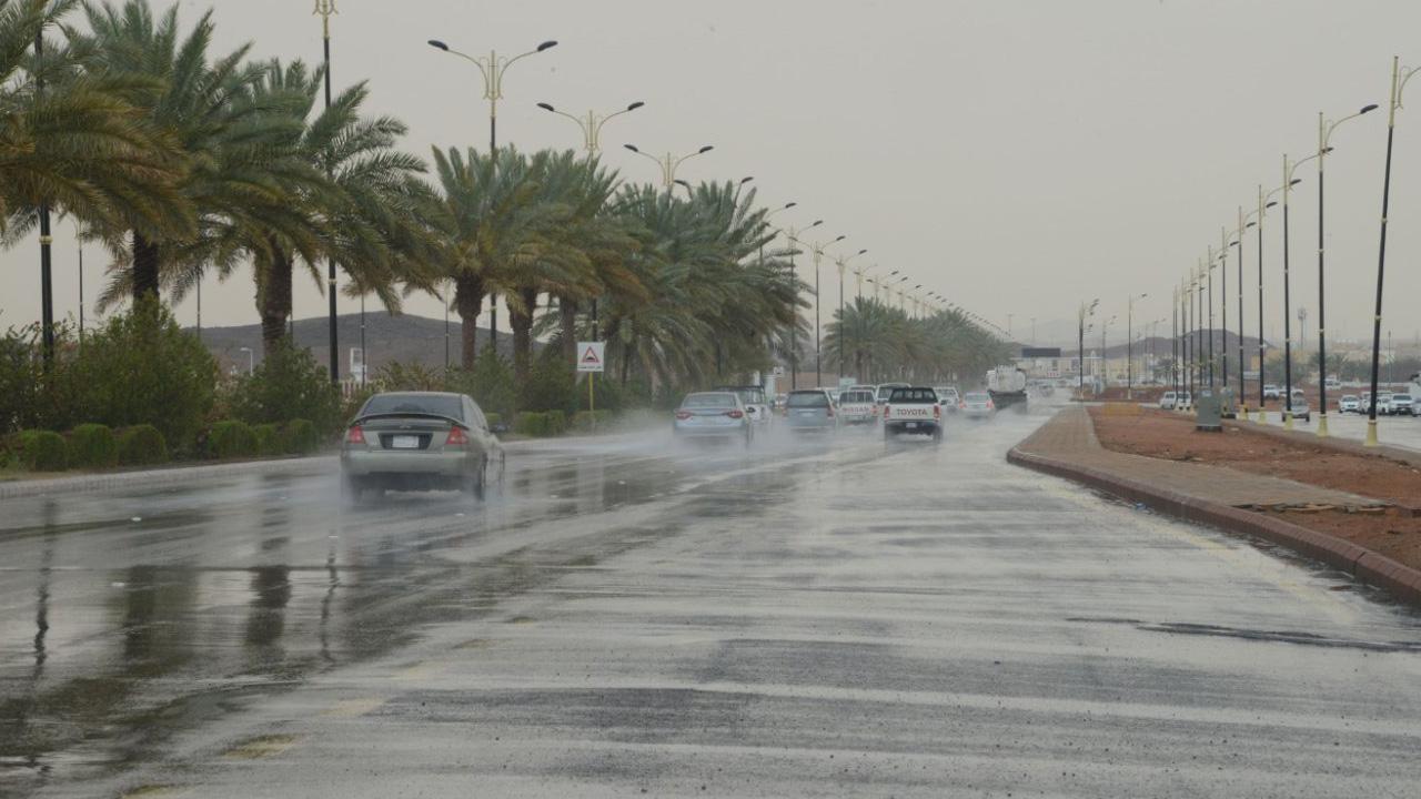 """""""المسند"""": رياح وأمطار على بعض المناطق اليوم"""