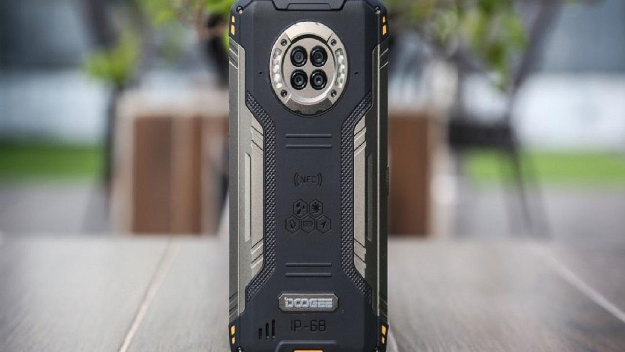 """سعر ومواصفات هاتف دوجي الجديد """"S96 Pro"""" بمزايا لأول مرة"""