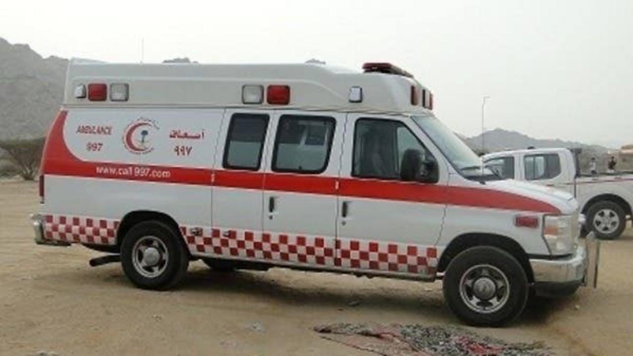 إصابة شخص في حادث انحراف مركبة بمكة المكرمة