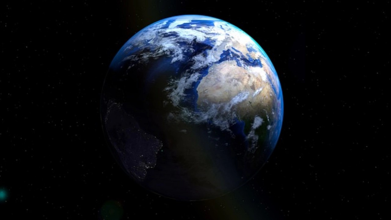 حقيقة تعرض كوكب الأرض لظلام دامس