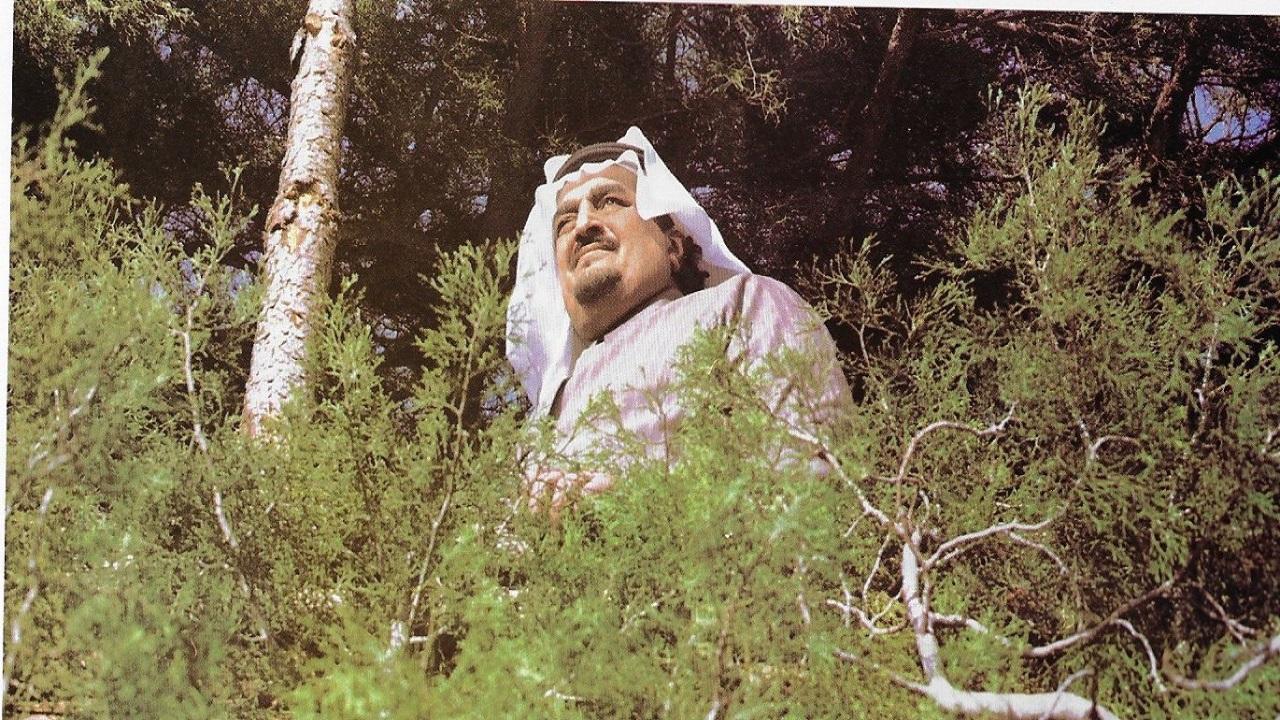 صور قديمة للملك فهد في رحلة صيد بمدينة أفران المغربية