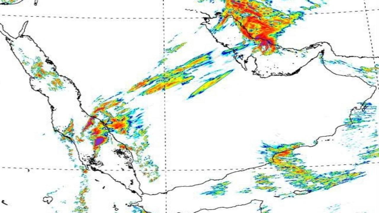 «هيئة الأرصاد»: مؤشرات أولية لحالة مطرية متوقعة (صور)