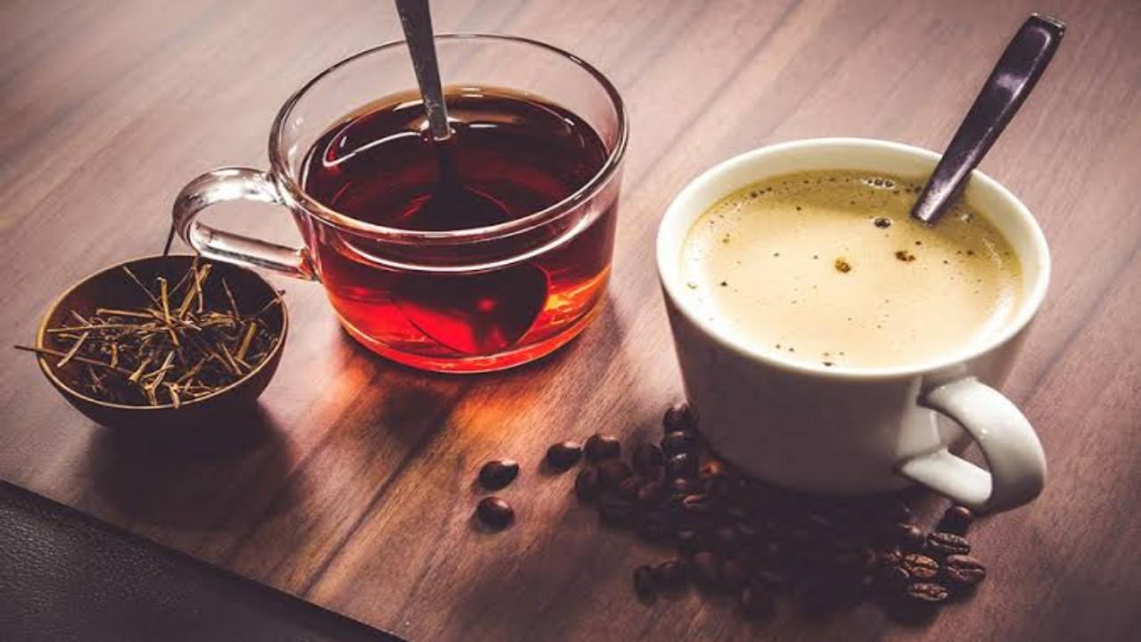 أبرز الاختلافات الصحية بين الشاي والقهوة