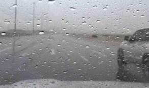 استمرار هطول الأمطار الرعدية على المنطقة الشرقية