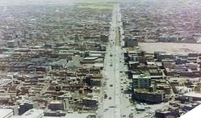 صورة نادرة لطريق المدينة المنورة بالرياض باتجاه الشرق قبل 54 عام