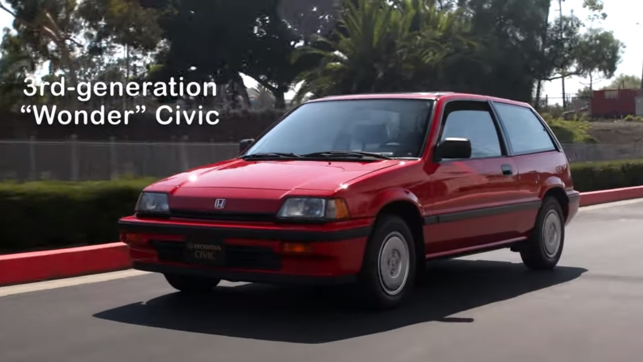 بالفيديو.. سيارات Civic تحظى بأنظمة أمان جديدة