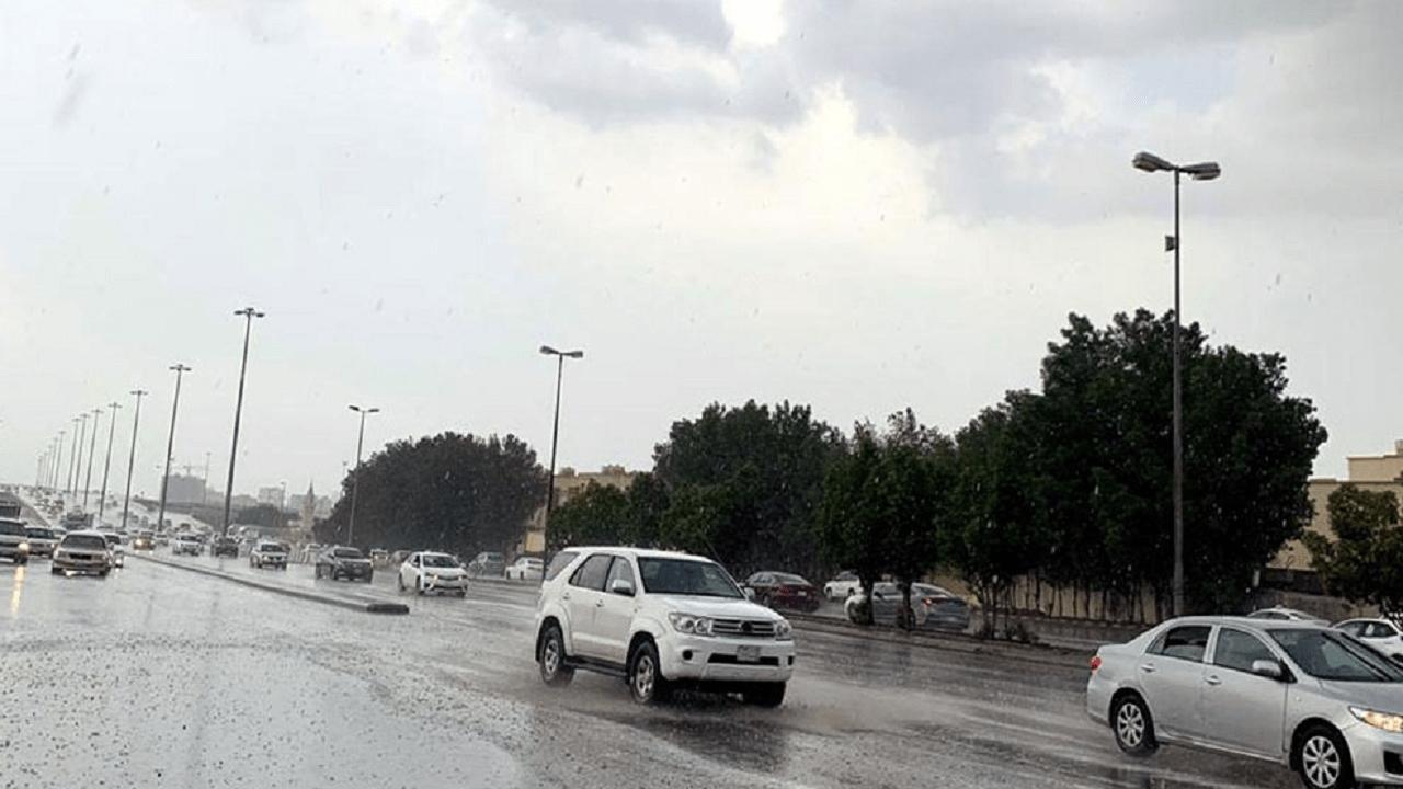 """""""الأرصاد"""": أمطار غزيرة على جدة خلال الساعات القادمة"""