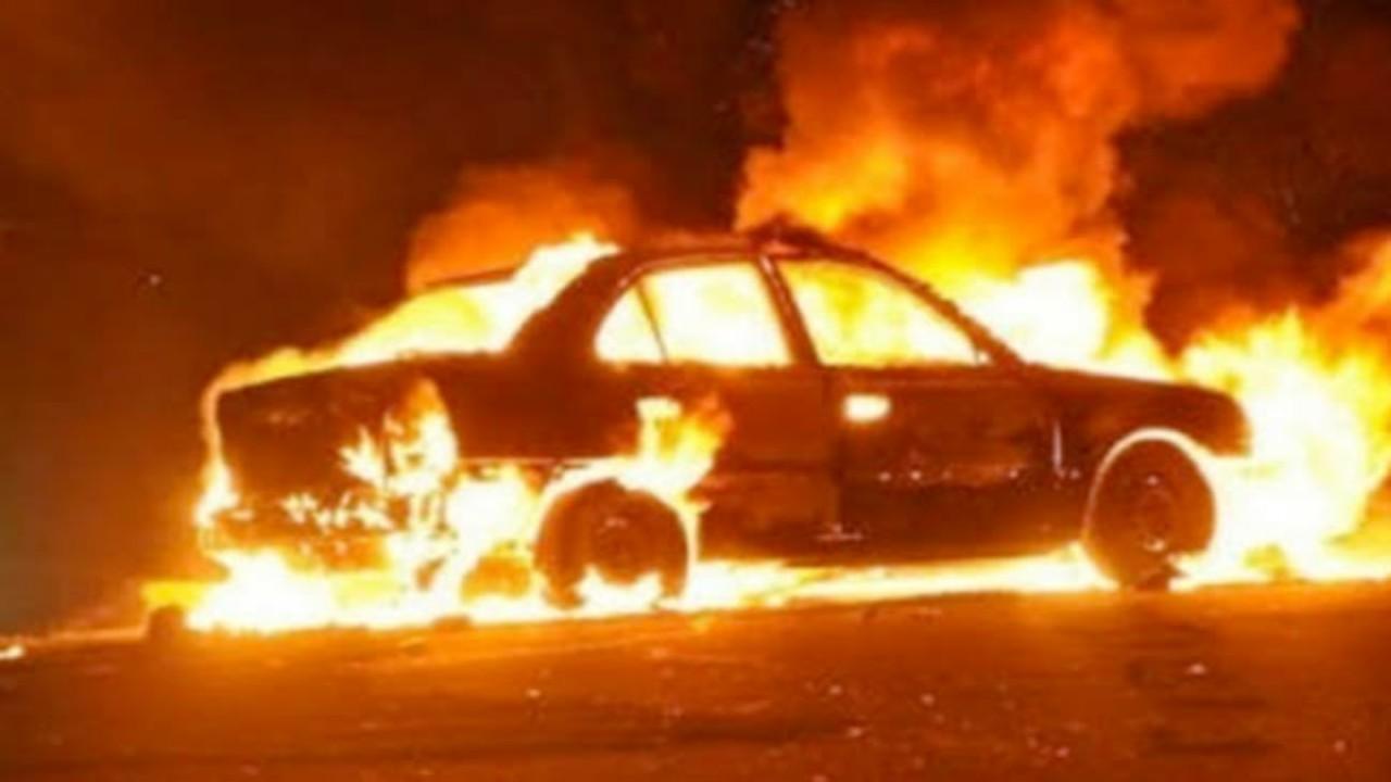 شخص يشعل النيران في سيارة مواطن بعد ذهابه لصلاة الفجر بالعارضة