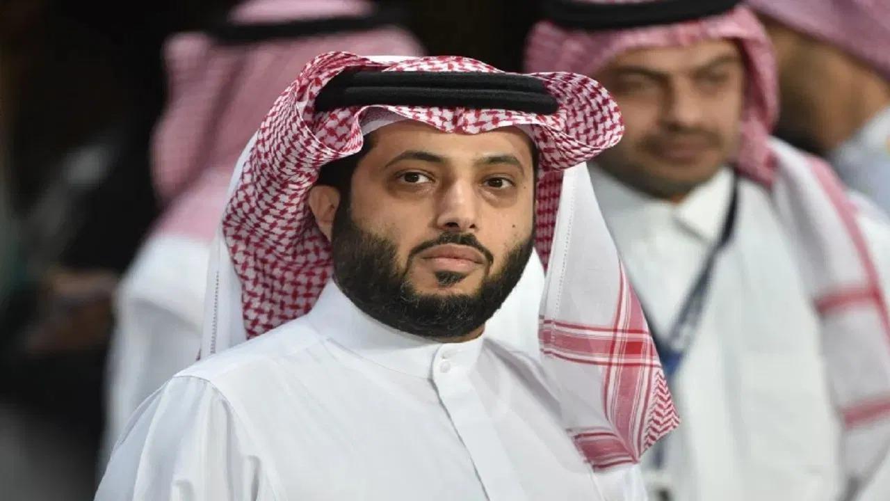 شاهد.. تركي آل الشيخ يطمئن متابعيه بصور جديدة وراشد الماجد يعلق