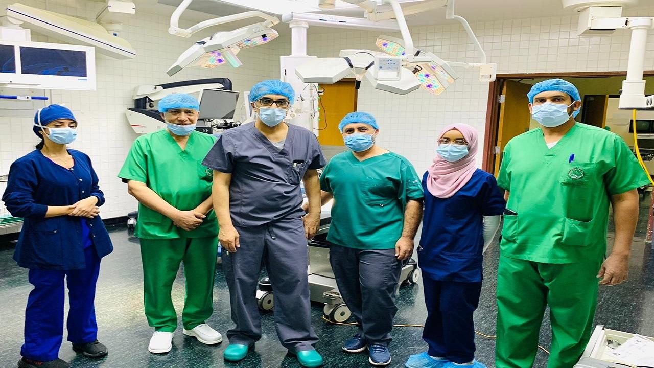 مستشفى الملك سلمان ينجح في استئصال ورم يزن 300 جرام لطفل حديث الولادة