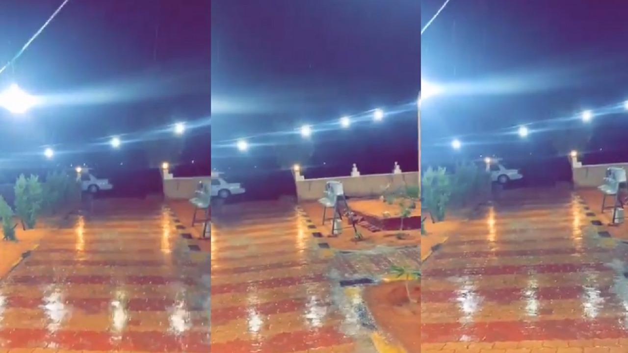 بالفيديو.. هطول أمطار الخير في دومة الجندل