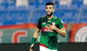 الاتفاق يدفع بالمغربي أزارو في مباراته أمام النصر