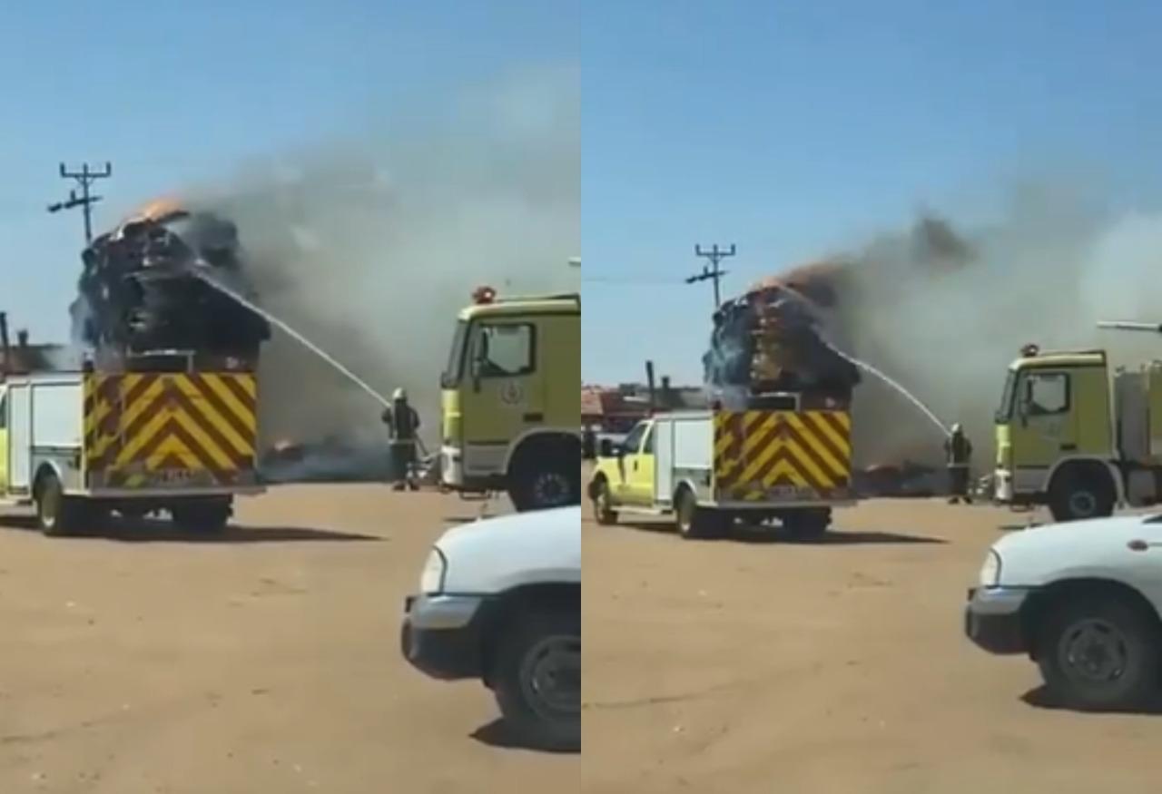 اندلاع حريق في شاحنة أعلاف بمحافظة بيشة