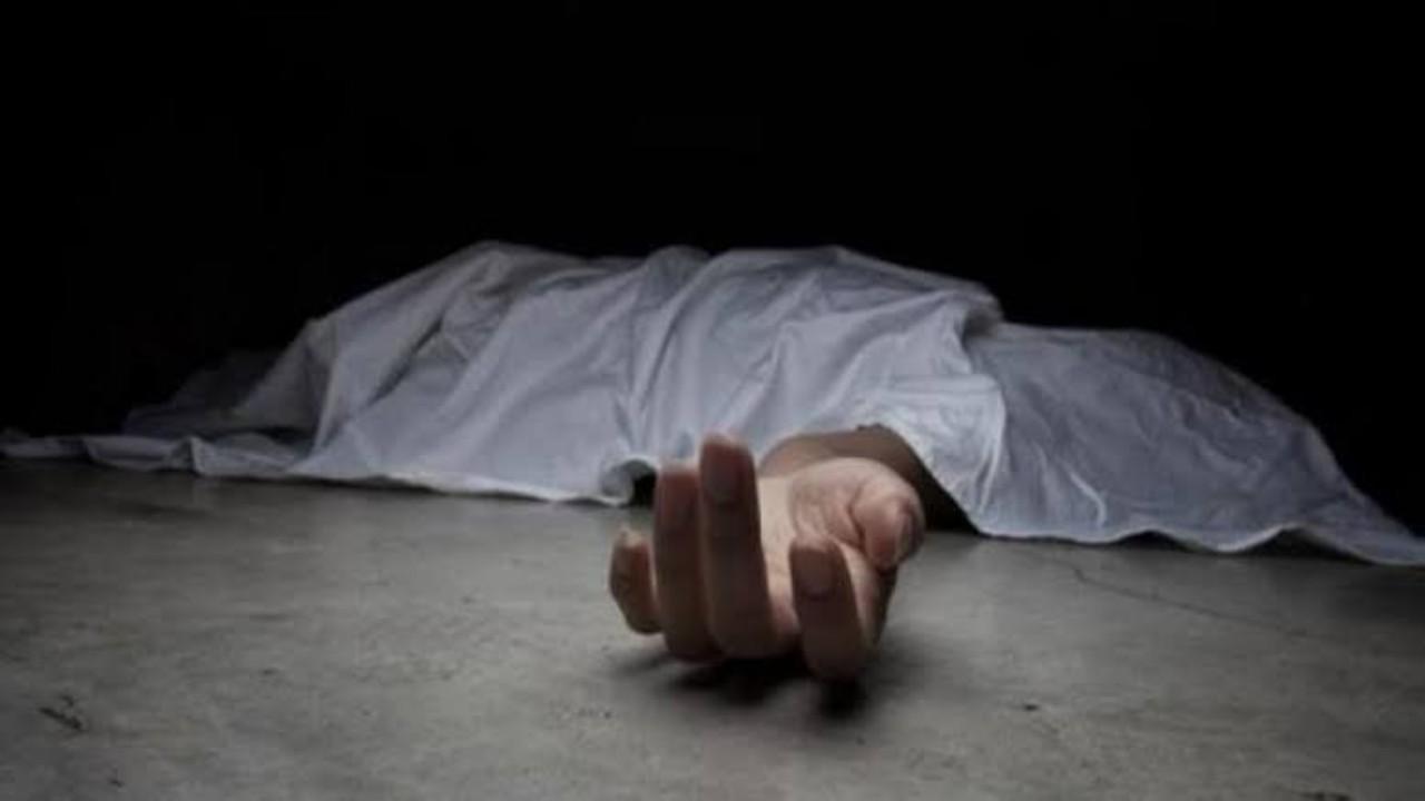 شاب يذبح زوجته داخل السيارة أمام بناتها الصغار