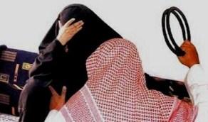 قانوني: ضرب الزوجة جائز شرعًا ولا ينطبق عليه عقوبات الحماية من الإيذاء