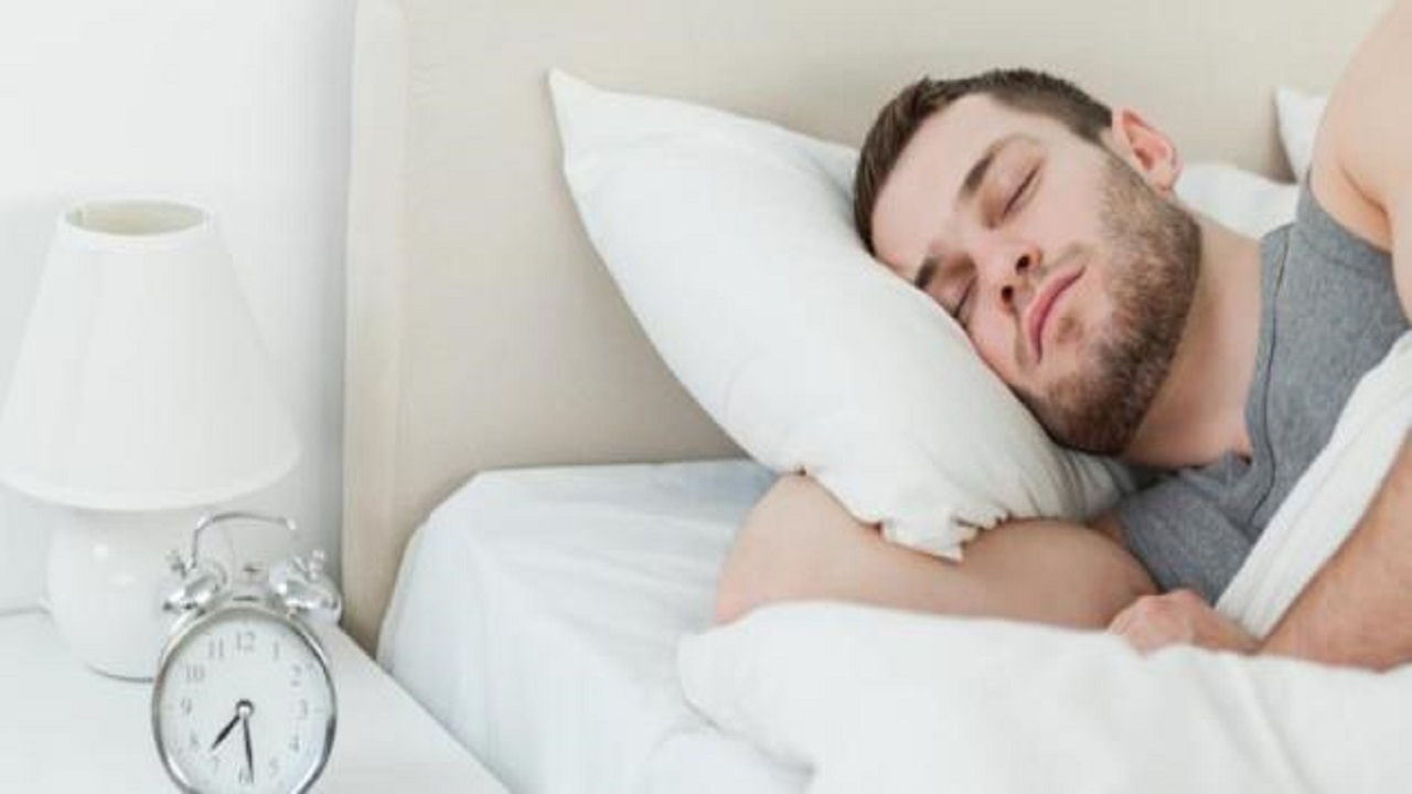 نوع معين من الضوضاء يساعد على النوم بشكل سريع وعميق