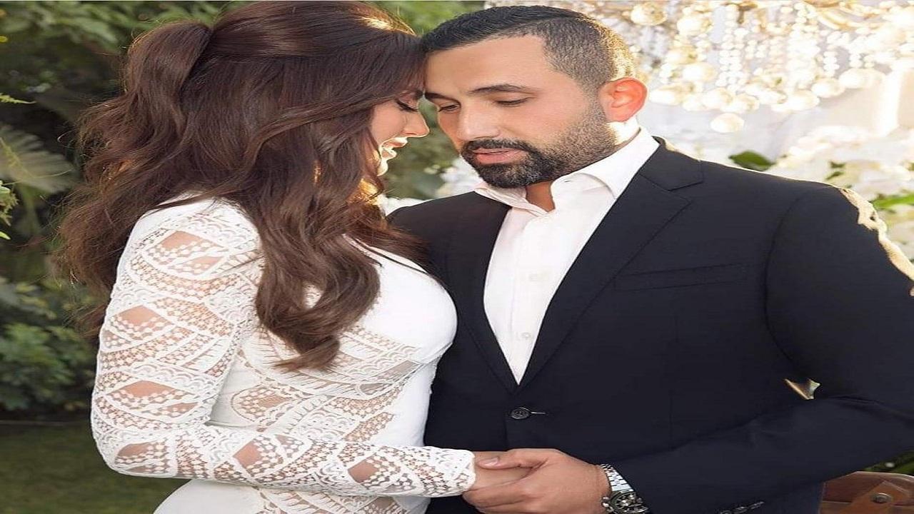 شاهد.. دُرة التونسية تُعلن زواجها بإطلالة ناعمة