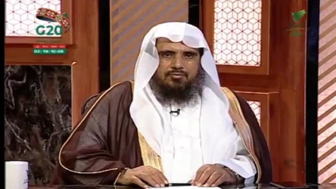 """بالفيديو.. """"الخثلان"""" يوضح حكم حنث الإبن ليمين والدته إذا أقسمت عليه ألا يفعل شئ"""