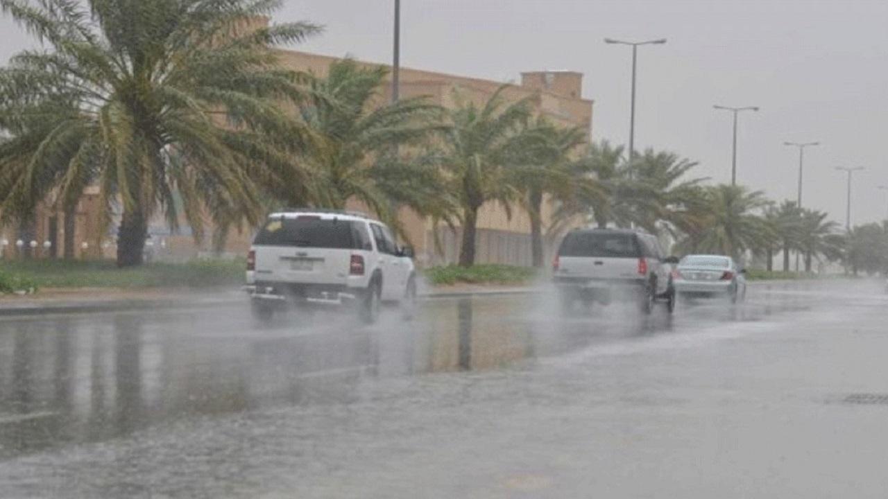 بالفيديو.. الزعاق يوضح الفرق بين أمطار الصيف وأمطار الشتاء