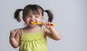 نصائح هامة للعناية بأسنان طفلك اللبنية