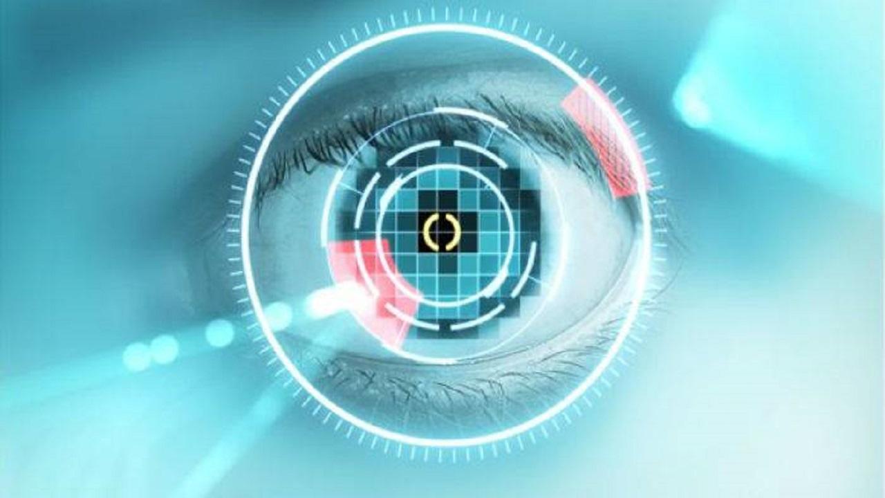 مشروع جديد للتحقق من هويات المسافرين عبر المنافذ باستخدام بصمة قزحية العين