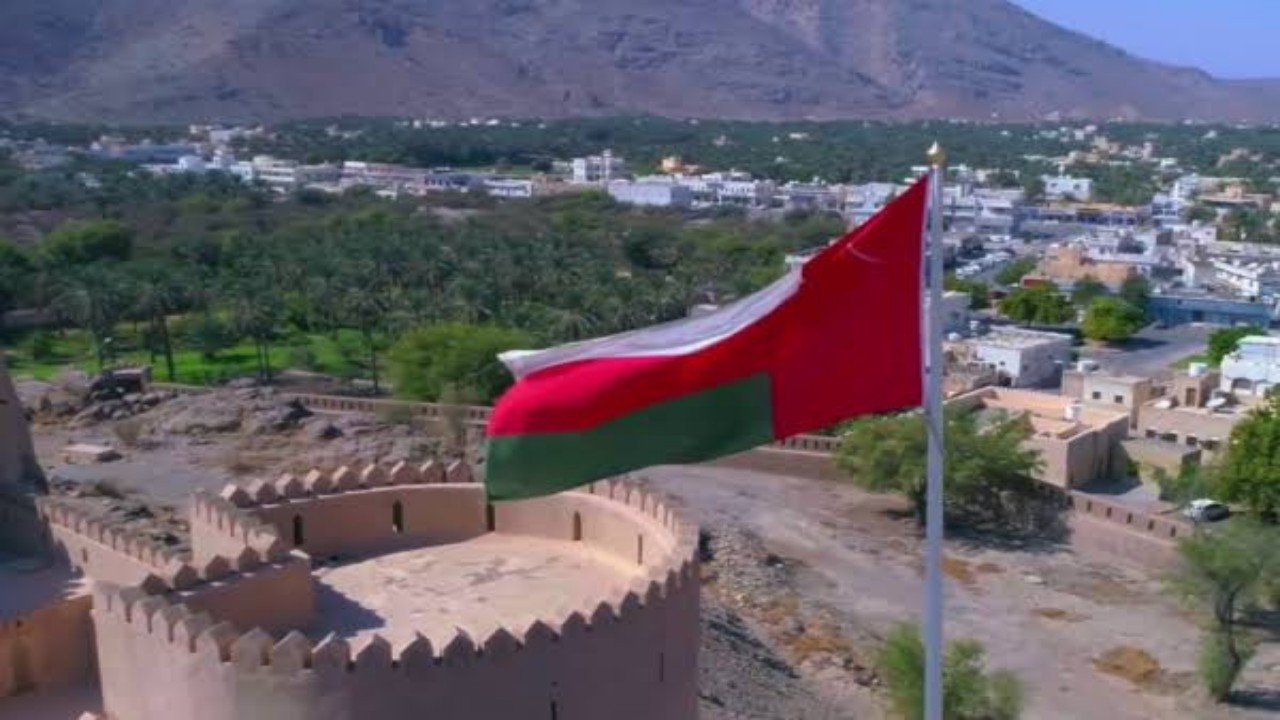 سلطنة عمان تدين حادث إطلاق النار على سفارة المملكة في لاهاي