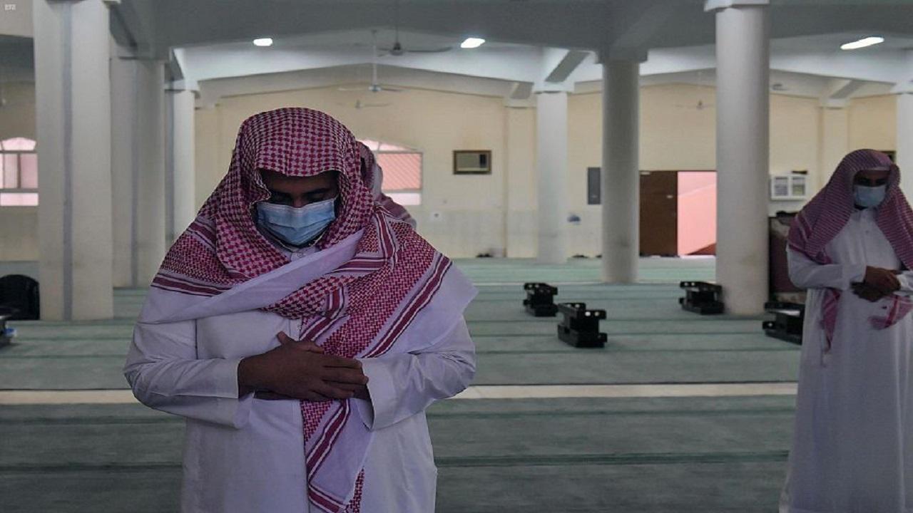 بالصور..جموع المصلين في مناطق المملكة يؤدون صلاة الاستسقاء