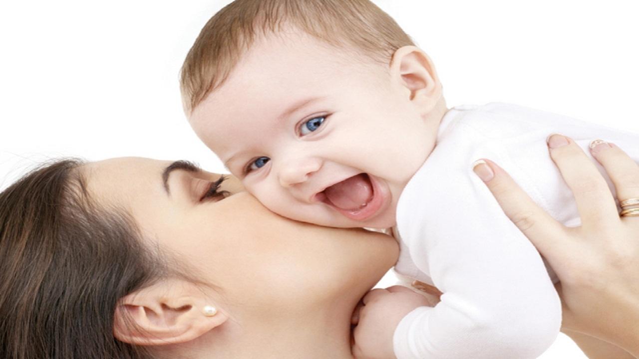 """""""الشوفان والحلبة"""" يُزيدان لبن الأم خلال فترة الرضاعة الطبيعية"""