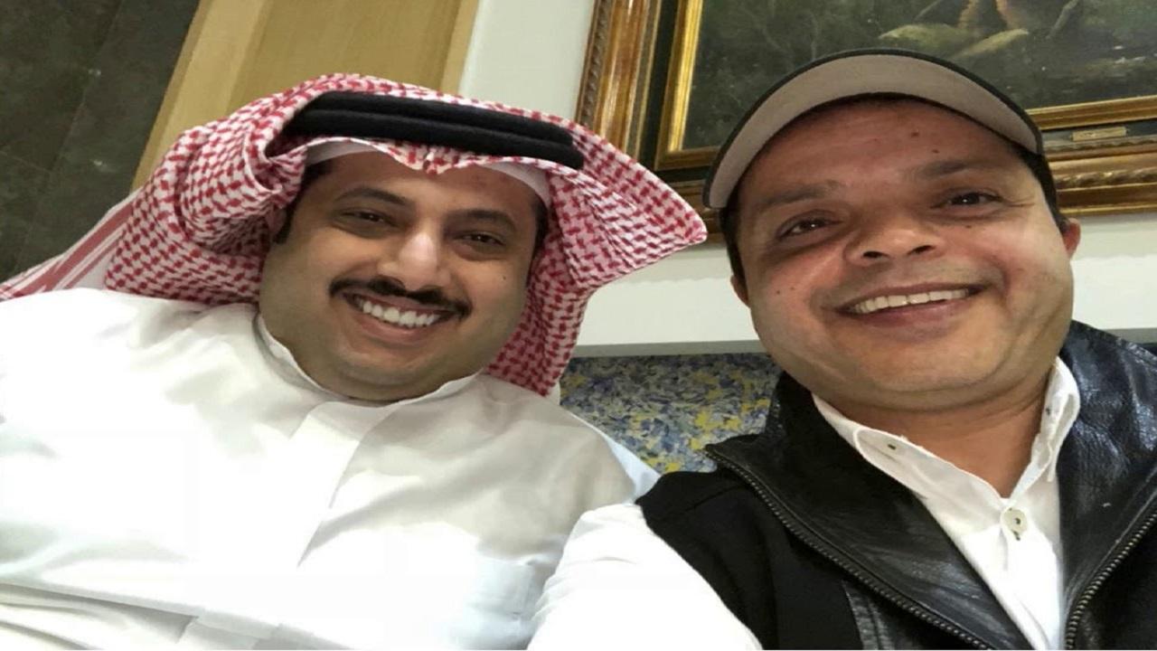 محمد هنيدي يمازح آل الشيخ في لعب الشطرنج