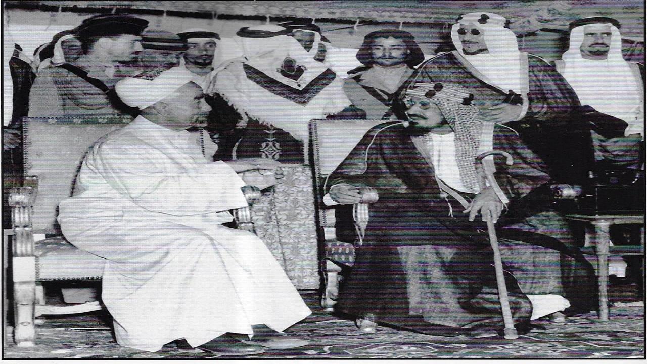 صورة نادرة للقاء يجمع الملك عبدالعزيز مع العاهل الأردني قبل72 عاما