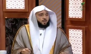 """بالفيديو .. الشيخ """"السلمي"""" يوضح حكم من نسي التحيات في الصلاة"""