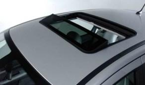 نصائح هامة لحماية فتحة السقف بالسيارة وعدم تعرضها للتلف