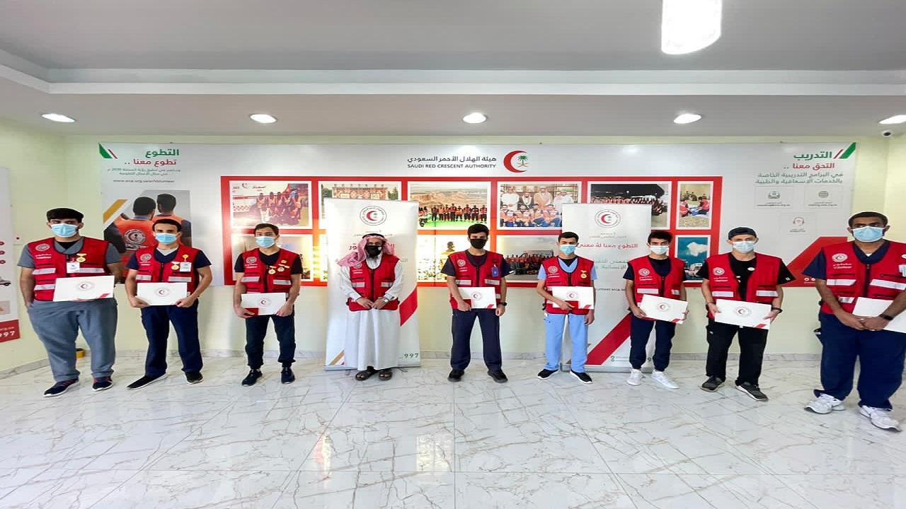 بالصور.. «الهلال الأحمر بالباحة» يحتفي باليوم العالمي للتطوع