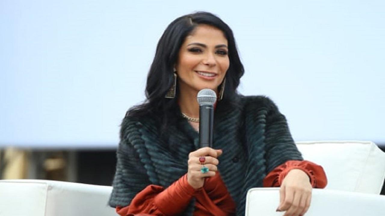 منى زكي: ما أقدرش أتخيل حياتي من دون أحمد حلمي