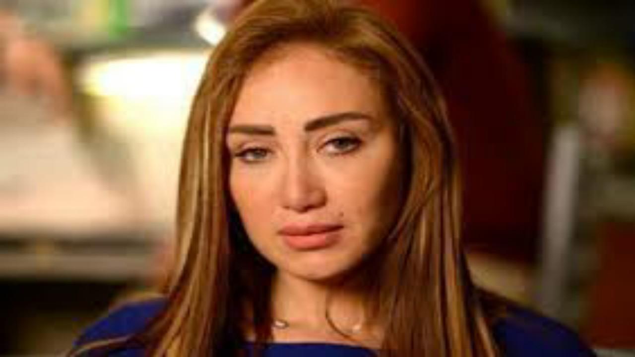 ريهام سعيد تُشعل الغضب بتعذيب ثعلب بطريقة وحشية