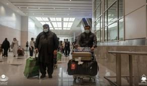 فوج من معتمري باكستان يصل إلى مطار الملك عبدالعزيز بجدة