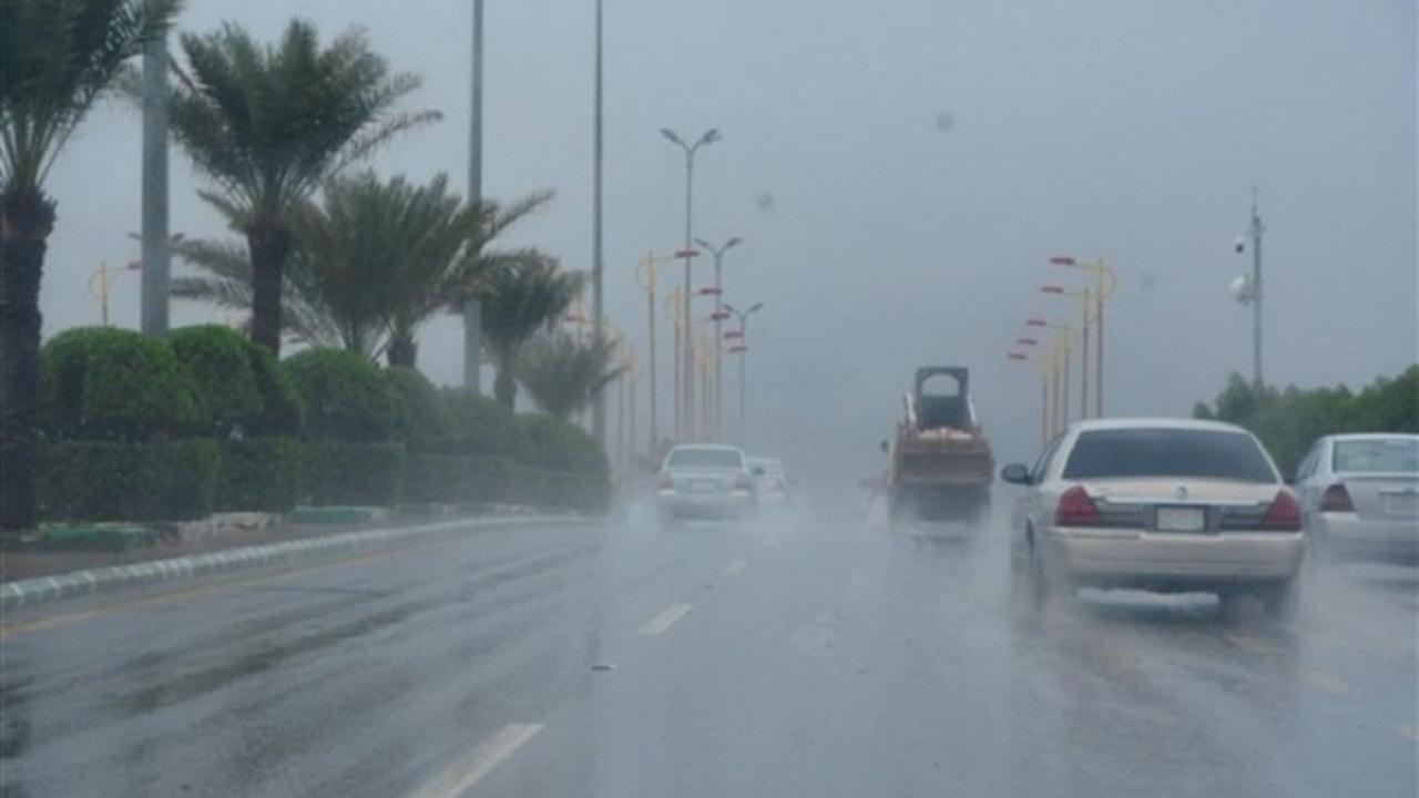 """""""الحصيني"""": أمطار على عدة مناطق اليوم حتى صباح الغد"""
