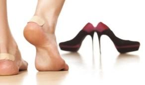 حيل بسيطة للتخلص من ألم القدمين عند ارتداء الحذاء الجديد