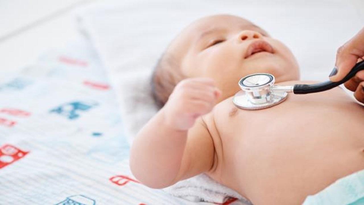 علامات تُنذر بإصابة الطفل بعيب خُلقي في القلب