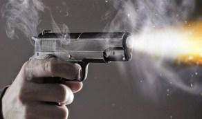 شرطي يقتل ويصيب 3 أشخاص في مشاجرة