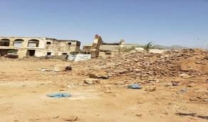 مليشيا الحوثي تدمر قصر السخنة التاريخي بالحديدة