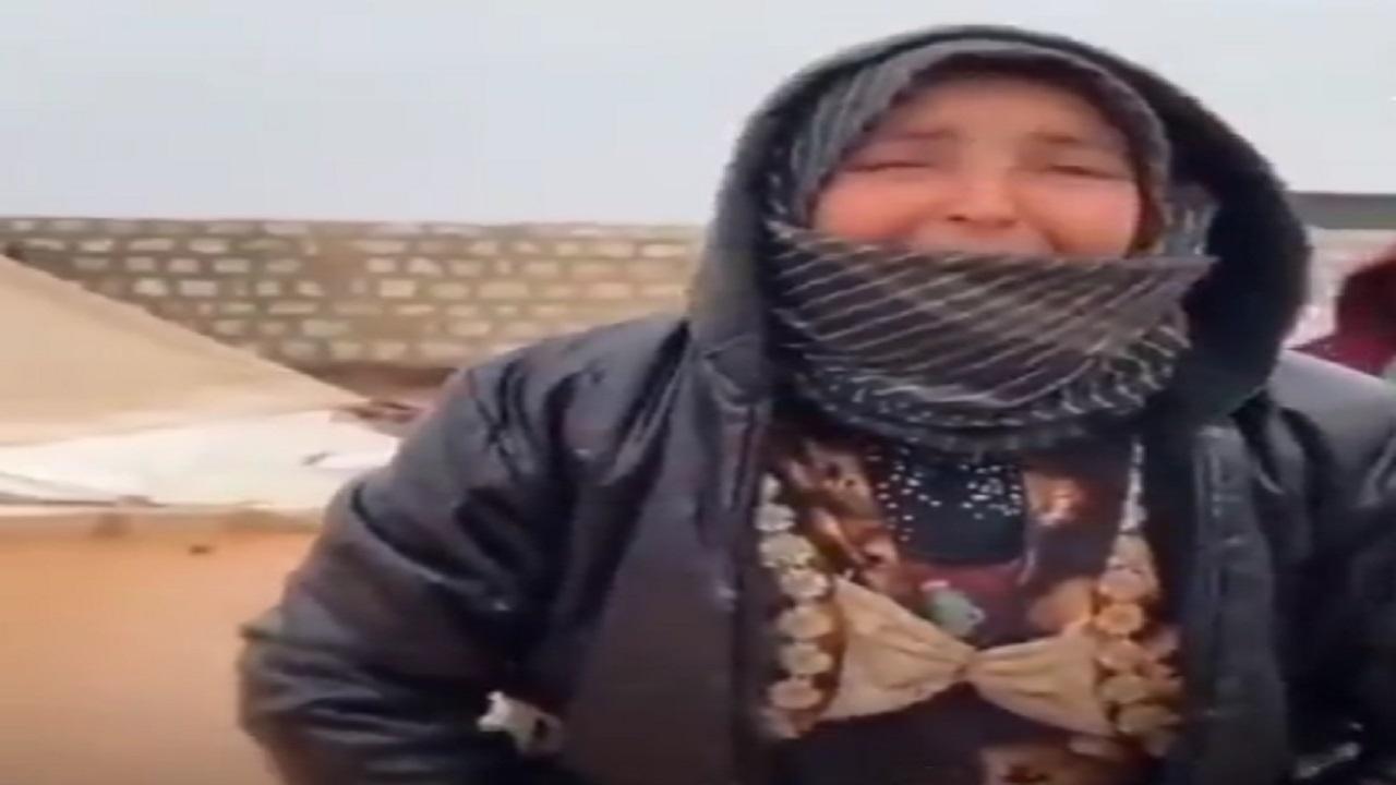 بالصور.. سورية تستغيث بعد غرق مخيمات النازحين بريف إدلب