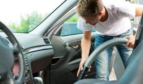 أفضل الطرق لتنظف أصعب الأجزاء الداخلية لسيارتك