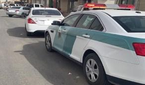القبض على قائد مركبة تخطى الإشارة الحمراء أمام دورية الشرطة في الخرج